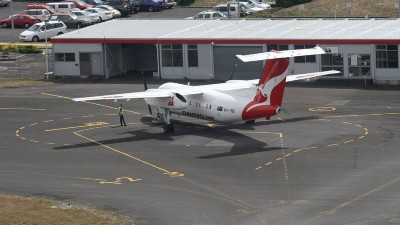 Tasmania should unite on flight school proposal: Colbeck