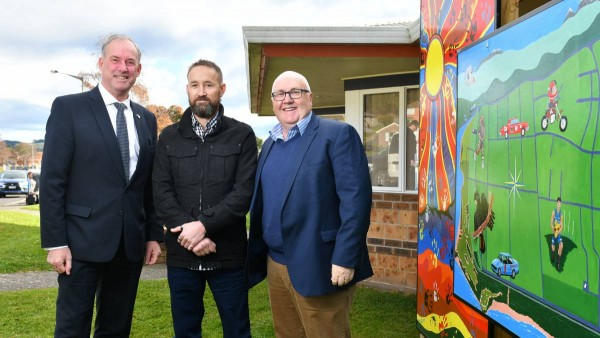 Ulverstone Neighbourhood House gets solar power grant from federal government