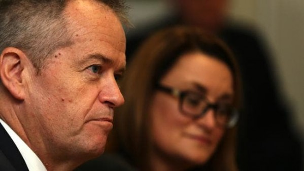Appetite lacking for Labor Leader Bill Shorten's formal lunch in Devonport